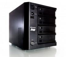 PowerBay DataBank NAS имеет 4 отсека для сменных HDD-картриджей