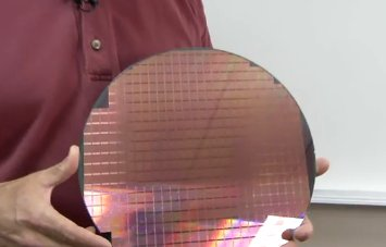 Пластина с NAND-памятью «три бита на ячейку» по 25 нм-процессу