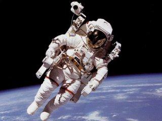украинский космонавт пока не летит