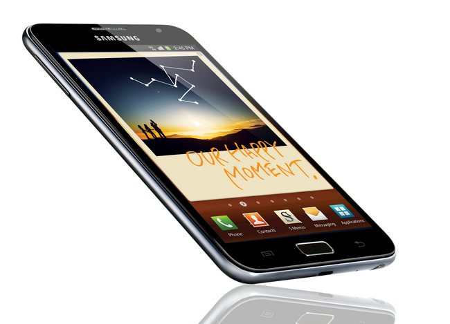 "Samsung GALAXY Note с 5,3"" HD Super AMOLED экраном"