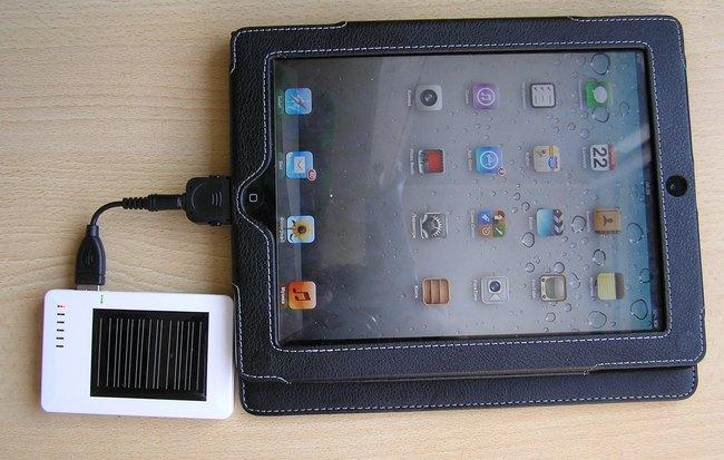 iPad с солнечной зарядкой