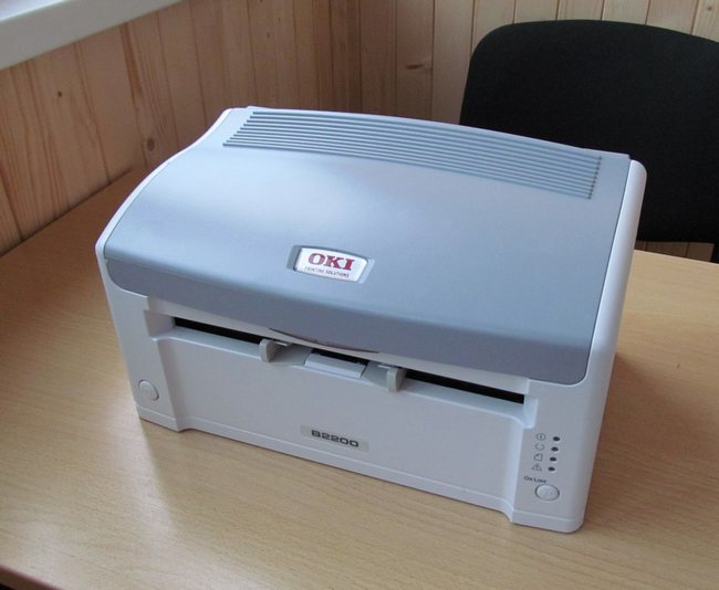 OKI B2200: компактный монохромный бюджетный принтер