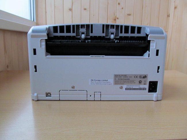 OKI B2200 - вид сзади