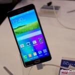 Samsung представила смартфон Galaxy A7 в металлическом корпусе