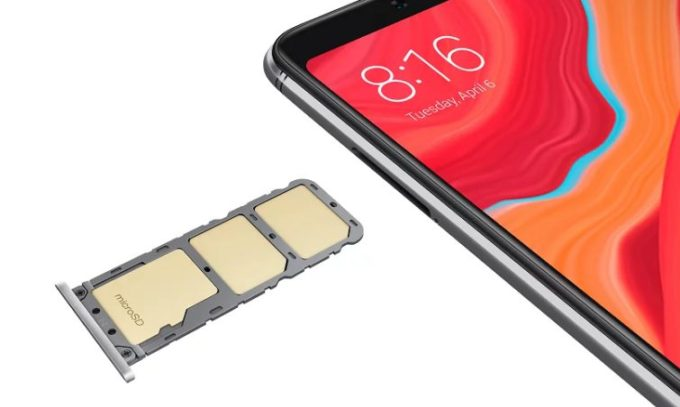 Xiaomi Redmi S2 слот