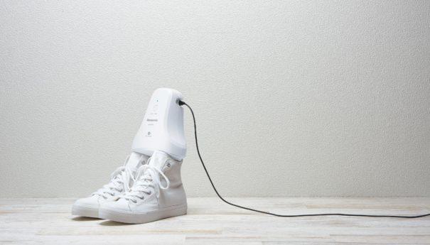 Panasonic представил «электронный дезодорант» для обуви