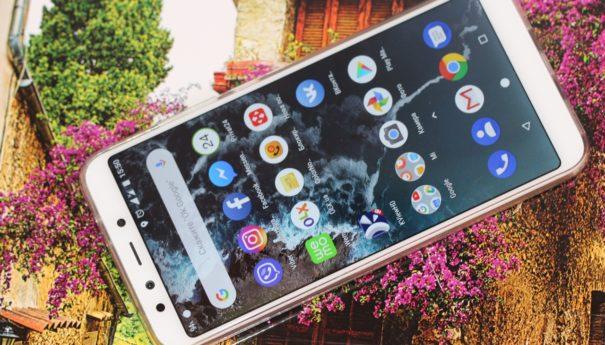 Xiaomi Mi A2 – 8-ядерный смартфон с чистой Android и отличной основной камерой